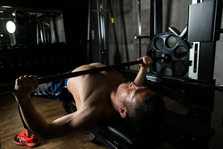 70kg ベンチ プレス 【男子40kgは嘘!】ベンチプレスの本当の平均値【体重・男女別】